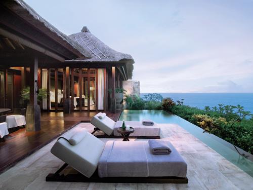 Ocean-Cliff-Villa