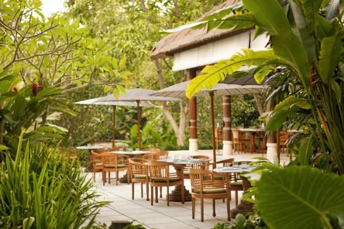 Kemiri-Terrace-Seating-landscape