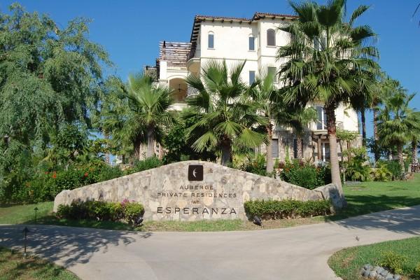 Mexico: Cabo San Lucas Esperanza Resort Residences