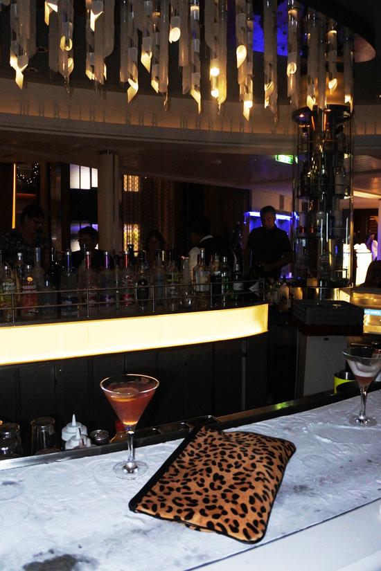 Martini-Bar-Drink